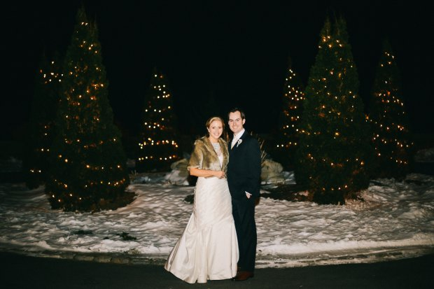 Colleen and Scott's Winter OceanCliff Wedding | The Newport Bride